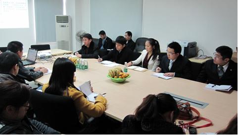 平安产险广西分公司总经理邢云龙一行到钦州调研